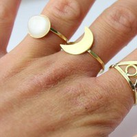 Lunar crescent ring gold symbol from Amelia-May