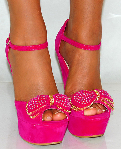 Hot Pink Heels With Bow – images free download
