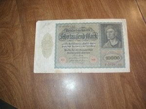 1922 German 10000 Mark Reichsbanknote F 9106144