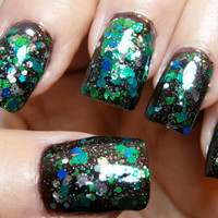 Rockin' My Grammy Panties - Emerald Gemstone Top Coat - Full Size 15 ml Bottle