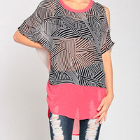 Mazement Top in Black/Coral