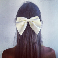 White bow | fresh-tops.com