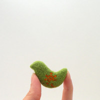 Felt brooch Green bird with orange flower  needle by AgnesFelt