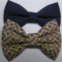 Navy blue and Khaki fabric bow clips,  baby bows, Bow clips, small fabric hair bows