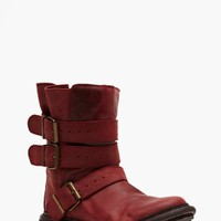 Trudge Buckled Boot