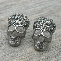 Vintage Earrings, Vintage Skull Earrings, Skull Earrings, Vintage Skull Jewelry, Stud Earrings, Post Earrings, Vintage Gothic, Vintage Goth,