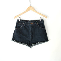 Vintage 80s Dark Denim Wrangler Cut Off Shorts // High Waisted Denim Shorts 6 8