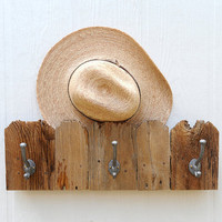 Fence Top three hook rack for stocking hat coat by GettingWeddy
