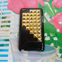 golden pyramid stud black Hard Case Cover by jewelrybraceletcuff