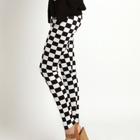 Stylish Check Pattern Women Leggings at Online Apparel Store Gofavor