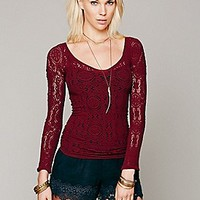 Intimately Womens Long Sleeve V Neck Seamless -
