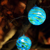 Aurora Glow Art Glass Solar String Lights