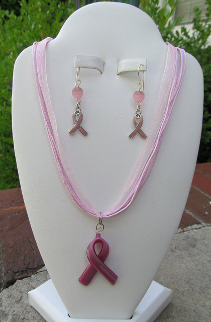 pink cord necklace  earrings5 | Flickr - Photo Sharing!