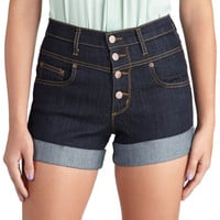 Karaoke Songstress Shorts