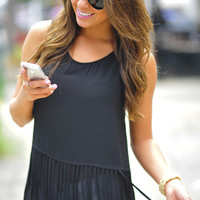 Hanging By The Fringe Top: Black | Hope's