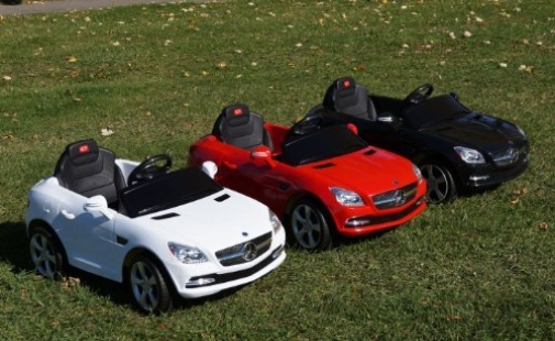 Licensed mercedes benz slk 81200 baby from amazon things for Red mercedes benz power wheels
