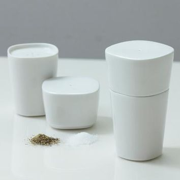 Salt & Pepper Shaker - Brown