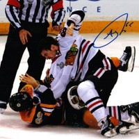 Andrew Shaw Autographed Signed Chicago Blackhawks Stanley Cup Fight 8x10 Photo:Amazon:Collectibles