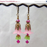 vintage style lucite flower earrings by thepinkmartini