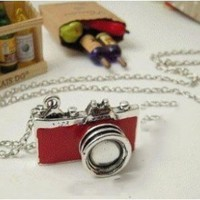 niceEshop(TM) Unique Vintage New Retro Camera Photographer Necklace-Red:Amazon:Sports & Outdoors