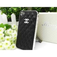 Amazon.com: Designer Iphone 4 Chanel Leather Case with Box Packaging (Black/silver).: Cell Phones & Accessories
