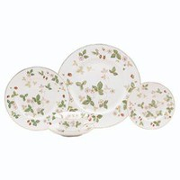 Wild Strawberry 5-Piece Place Setting