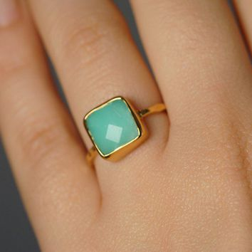 Chrysoprase Ring Gemstone Ring 18k Gold Vermeil by delezhen