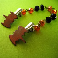 Bats Black & Orange Sweater Clip - Spiffing Jewelry