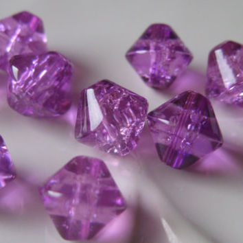 Passion Plum Crackle Glass Beads, 8mm Diamond Shaped (10 ct.)