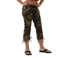 Women's Woodland Camo Capri Pants:Amazon:Clothing