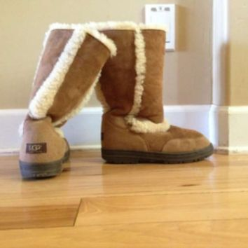 Ugg Boots Sundance 2 Boots 50% off retail