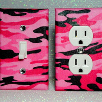 Set Of 2 Pink Camo Wall Plates by ELECTRIKKRAYON on Etsy