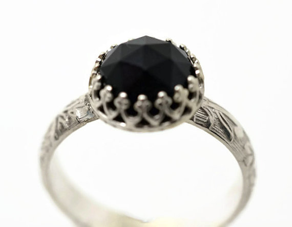 Black yx Ring Black Gemstone Ring from fifthheaven on Etsy