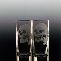 skull shot glass set of 2, skulls with roses, clear glass engraved custom barware glassware, gift ideas haloween day of the dead