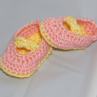 Pink &amp; Yellow Booties Newborn size by staceyLynnCreates on Etsy