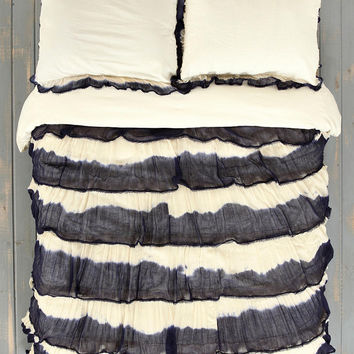 Urban Outfitters - Noodle Boho Ruffle Duvet Cover