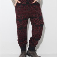 standard issue tribal pant in black/red Oak