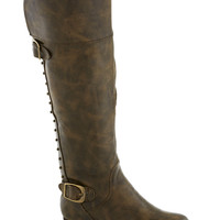 Life's a Snap Boot in Brown | Mod Retro Vintage Boots | ModCloth.com