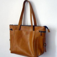 The Kigali Bag by stonetreeleather on Etsy