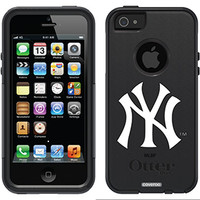 """""""New York Yankees - NY"""" MLB design on OtterBox® Commuter Series® Case for iPhone 5s / 5 in Black"""
