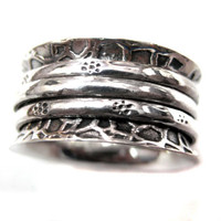 925 Sterling Silver Hammered Thumb Ring  Free by finegemstone