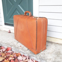 Vintage top grain cowhide suitcase with brass hardware - Camel tan leather suitcase - Vintage luggage - Movie prop