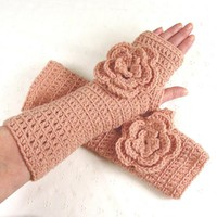 Lovely Crochet Pale Rose Pink Fingerless Gloves | Luulla