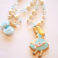 Alice mirror with vintage beads chain necklace