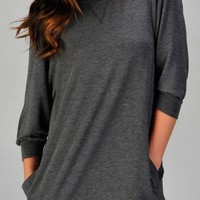 Women's quarter sleeve casual pullover with side pockets