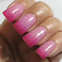 Thermal Nail Polish Color Changing Holographic Pink Polish