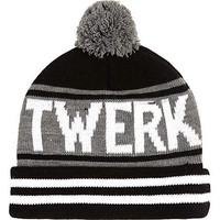 BLACK TWERK IT BEANIE HAT