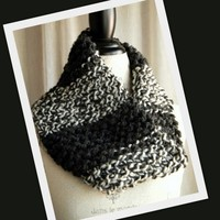 Zebra Stripes Hand Knit Chunky Cowl - Black and White Winter Handmade