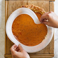 Universal Silicone Pie Crust Protector