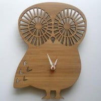 Supermarket - Modern Animal Clock - Owl from Decoylab